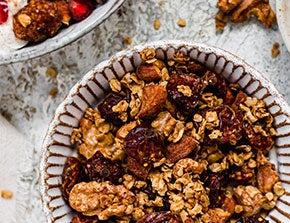 walnut and goldenberry granola